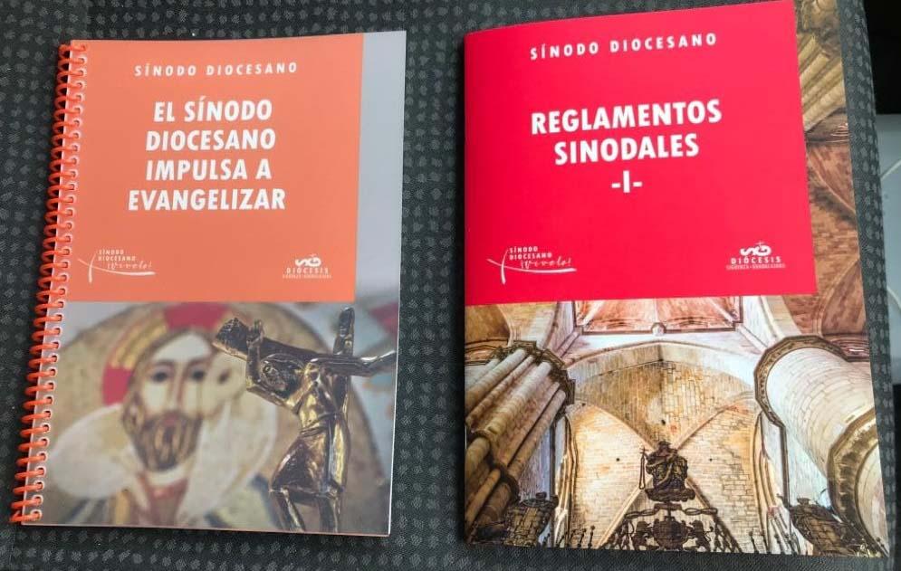Los grupos sinodales reciben los dos primeros documentos de trabajo